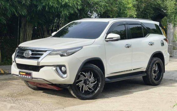 White Toyota Fortuner 2018 for sale in Automatic-3