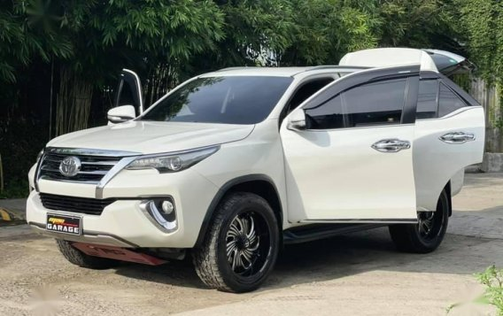 White Toyota Fortuner 2018 for sale in Automatic-1